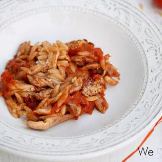 Heimatliebe: Giouvetsi me Kotopoulo (Huhn mit Kritharaki aus dem Tontopf)