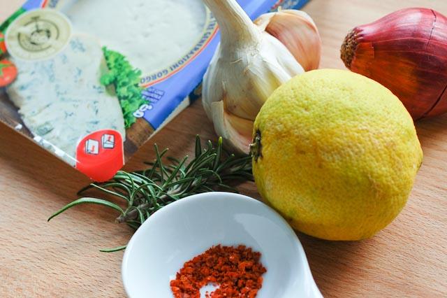 Spaghetti an Gorgonzola-Zitronen-Sauce
