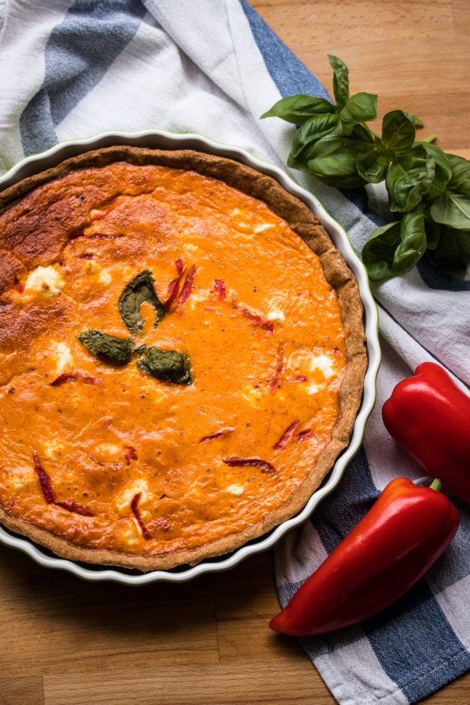 Paprika-Tarte mit Ziegenkäse und Dinkelvollkornboden