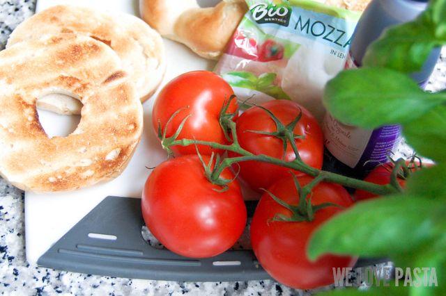 Tomate Mozzarella Bagel Zutaten