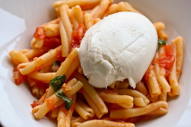 pasta-tomaten-mozzarella1