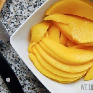 Bagel mit Mango und Räucherlachs