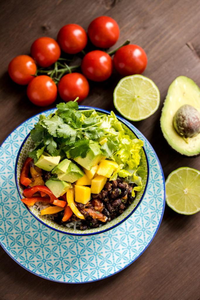 rezept burrito bowl vegan selbstgemacht. Black Bedroom Furniture Sets. Home Design Ideas