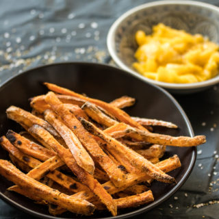 Knusprige Süßkartoffelpommes aus dem Ofen